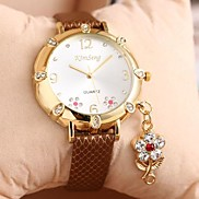 Women's Fashion Rhinestone Flower Pendant Ladies Leather  Watch (Assorted Color)