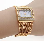 Women's PC Movement Golden Band White Dial Bracelet Watch with Czechic Diamond Decoration