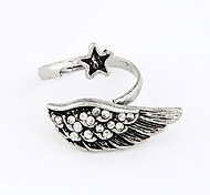 Vintage Antique Silver Alloy Zircon Wings Pattern Opening Ring