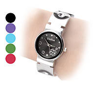 Women's Flower Pattern Dial Steel Band Quartz Analog Bracelet Watch (Assorted Colors) Cool Watches Unique Watches