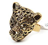 Anillo Estilo Cóctel Antiguo en Forma de Leopardo (Color Aleatorio)