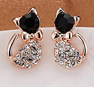 Cat-shaped earrings