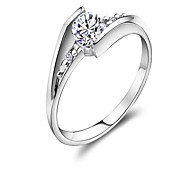 Claic Women 0.6 CT wi Diamond 925 terling ilver Wedding Ring(1 Pc)