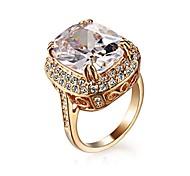 Noble et élégant 18K plaqué or rose royal ovale zircon cubique anneau de bijoux