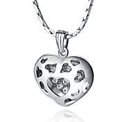 Collier avec pendentif coeur d'amour de cristal plaqué platine