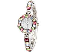 Colorful Diamante Polygone de femmes de quartz de cadran de montre de bracelet analogique
