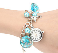 Women's Underwater World Concept Round Dial Alloy Band Quartz Analog Bracelet Watch