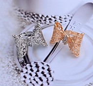 Lureme®Hollow out Rhinestone Bowknot Alloy Ring Golden and Silver