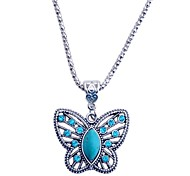 Lureme®Vintage Turquoise Rhinestone Butterfly Pendant Necklace