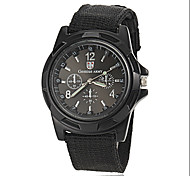 Men's Army Style Fabric Band Quartz Wrist Watch (Assorted Colors)