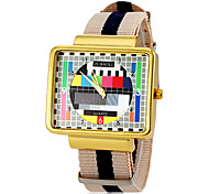 Men's TV Screen Pattern Strip Fabric Band Quartz Wrist Watch (Assorted Colors)