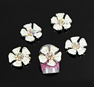 10pcs White Water Lily Accessories Alloy Flower Nail Art Decoration