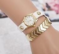 Women's Fashion Diamond Gold Triangle Quartz Bracelet Watch(Assorted Colors) Cool Watches Unique Watches