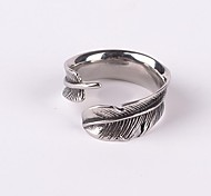 Z&X®  Punk Gothick Style Vintage Feather Titanium Steel Men's Statement Open Ring Jewelry