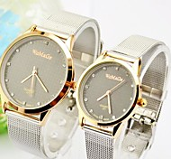 Couple's Round Dial Alloy Band Fashion Watch(Assorted Colors)
