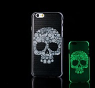 Skull Pattern Glow in the Dark Hard Case for iPhone 6