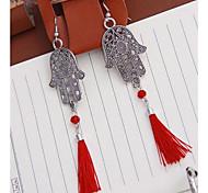 Fashion Palm Tassel Pendant Earrings  Random Color