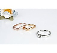 Fashion Heart Rings (One Pack Include 3 pieces) Random Color