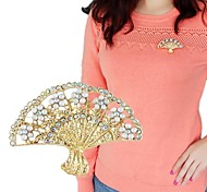 2014 Hot Sale Gold Plated Simple Fan Shaped Women China Wholesale Brooch