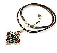 Fashion Alloy Club Flower Rhinestone Necklaces Random Color