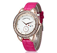 Fashion Women Watch Casual Small Dial Lady Rhinestone Quartz Movement Watch (Assorted Colors)