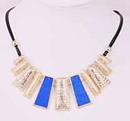 2015 Our Exaggerated Metal Wind Diamond Ladies Leather Rope Short Necklace