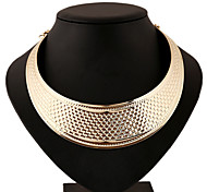 Classic Wedding Party Noble Gold Large Necklace