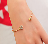 Hollywood Star Club Fashion The Sell Like Hot Cakes Gold-Plated Bracelet