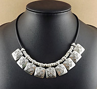 Exaggerated Alloy Necklace Choker Necklaces