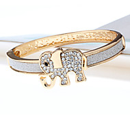 Lovely Elephant Shape Frosted Micro Drill Button Type Bracelet
