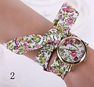 2015 Fashion new geneva watch women dress watches ladies watch flower gold fashion big dial cloth belt long strap