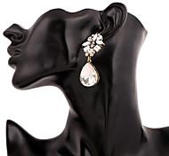 European And American Fashion New Metal Austria Crystal Earrings