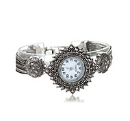 Sjeweler Ladys Fashion Gunmetal Latest Bracelet Watch