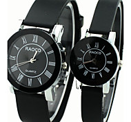 Couple's Causal Style Round Dial Black Rubber Band Quartz Wrist Watch Cool Watches Unique Watches