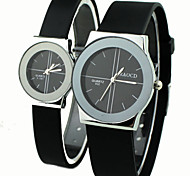 Couple's Causal Style Round Dial Black Rubber Band Quartz Wrist Watch Cool Watches Unique Watches Fashion Watch