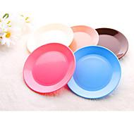 Dia 13cm Plastic Reusable Colorful Snack Plate Dishwasher Safe (Random Color)