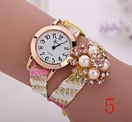 2015  New Fashion  Women Watches Gold Wristwatch Ladies Quartz Watches Geneva   Flower  Bracelet XR1268