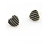 European Style Fashion Peach Heart Oil Drip Alloy Stud Earrings