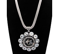 Flower Pendant Crystal Alloy Statement Necklace
