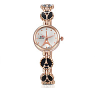Montre Femme New Quartz Watch Fashion Wrist Watches Eiffel Tower Bracelet Watch Wristwatch Clock Quartz Watch Cool Watches Unique Watches