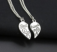 Women's Fashion Two Part Pendants Carved The Letters Best Friends Broken Heart Shape Necklace 1pc