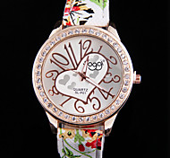 Woman Peach Fashion Leather Strap Wrist  Watch