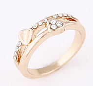Women's Korean Fashion Sweet Simple Heart Rhinestone Band Ring