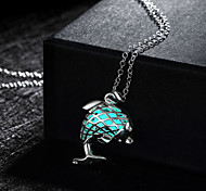 New Magical Glow in the Dark Luminous Cute Dolphin Pendant Necklace