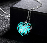 New Magical Glow in the Dark Luminous Lovely Heart Pendant Necklace