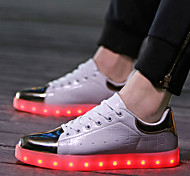 Women's Led Shoes Flat Heel Comfort Fashion Sneakers Athletic / Casual Black / White