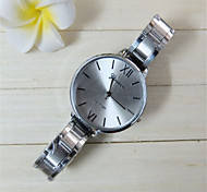 New Design Alloy Watch Geneva Brand Metal Watch Fashion Ladies women Dress Crystal Quartz stell belt Watch