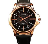 Herrenmode Quarzarmbanduhr der beiläufigen Uhren Ledergürtel einfache Business-Runde Legierung Wahl kühlen Uhren einzigartige Uhren