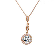 Necklace Pendant Necklaces Jewelry Wedding / Party / Daily / Casual Fashionable / Adorable Crystal / Alloy / Cubic ZirconiaSilver / Rose