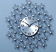 Modern/Contemporary / Casual Family Wall ClockRound Metal 44*44*4 Indoor/Outdoor / Indoor / Outdoor Clock
